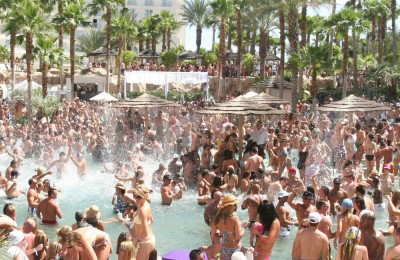 las vegas day clubs and pool parties